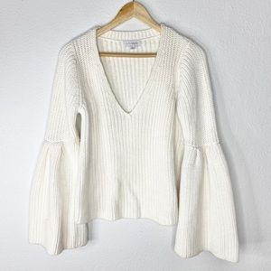 INTERMIX Cream Chunky Bell Sleeve Sweater Small